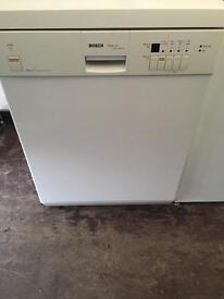 Bosch excel deishwasher with free delivery!