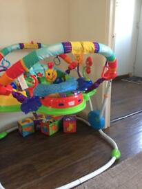 Baby bouncer/gym