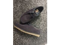 Designer penguin navy shoe, good condition