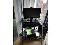 Free delivery desk