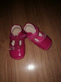 Clark girl infant shoes 5F new