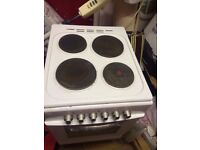 Royale RY60SEW White Electric Cooker Single Cavity 60cm £110 O.NO OVEN NEVER BEEN USED