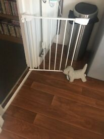 Stair gate brand new only used for 2 days