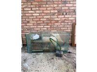 Fish Tank Aquarium Sump and Ehiem Pump