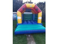 Bouncy castle hire (Tamworth)