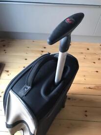Suitcase-Samsonite Roller Trolley Bag