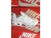 Men's boys white trainers sports shoes