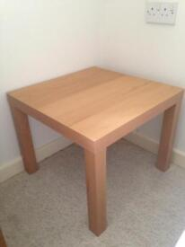 Classic IKEA table coffee/end table, as-new condition.