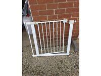 SAFETY GATE FAiR STAIRS