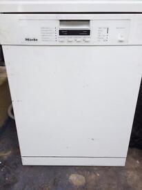 Miele Dishwasher 600mm x 600mm