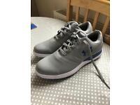 Men's golf shoes size 8
