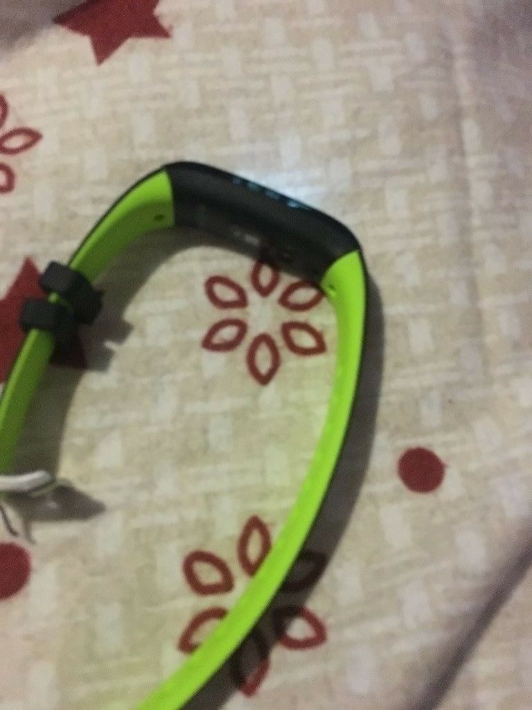 fitnes watch tracker for sale 10 pounds or swap ps4 game