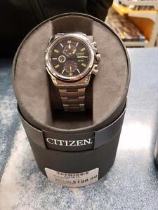 Magnifique montre de marque citizen, model b612, comme neuf dans sa boite pour seulement 199.99$!! (Z003613)