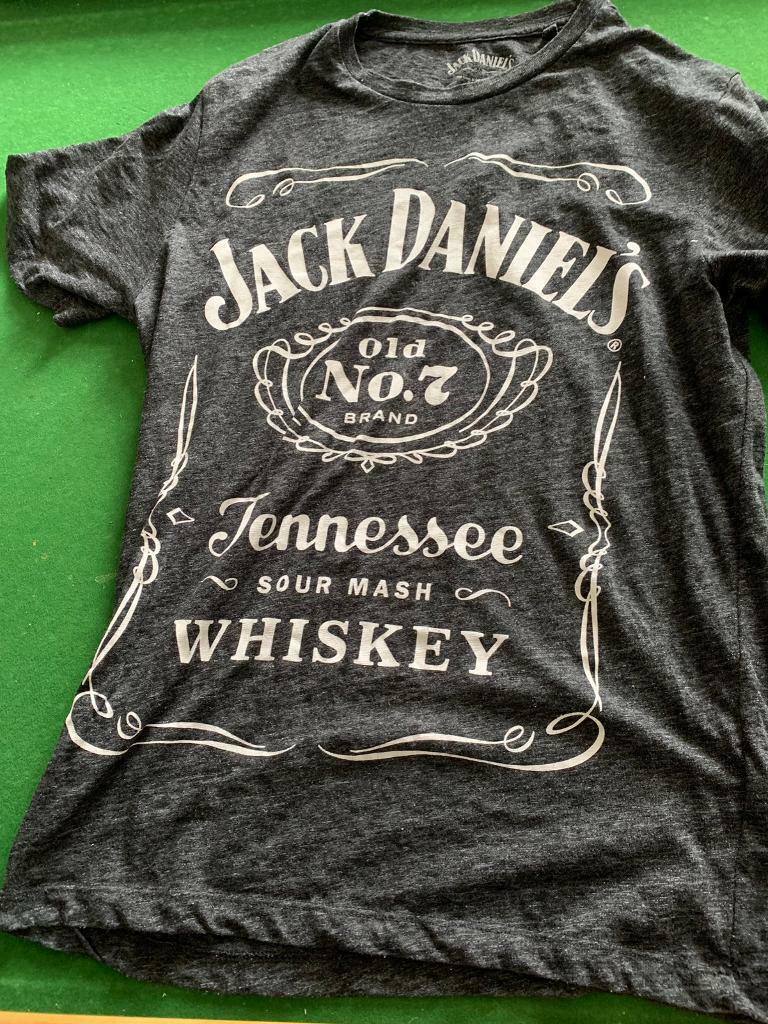 f4472e9f9 jack daniels tennessee sour mash whiskey t-shirt medium   in Newport ...