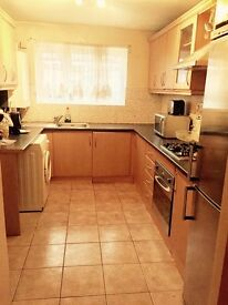 ****ONLY TWO DOUBLE BEDROOMS LEFT FOR A SINGLE PERSON OR A COUPLE****