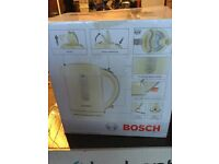 Bosch kettle 1.7L in cream