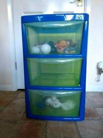Plastic drawers 3 tier with wheels