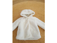 Baby/Toddlers Faux Fur Cream Coat with Hood Size 12 to 18 months