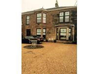 6 bedroom house in Giffnock for let