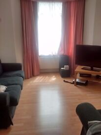 Bedroom in large house in Elephant and Castle