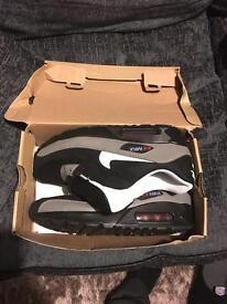 Nike Air Max 80 Size 8