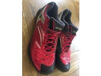 Yonex Badminton Shoes size 11