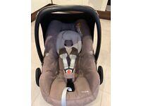 Maxi Cosi Pebble car seat (walnut colour)