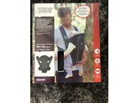 Mamas and papas classic baby carrier black hardly used rxcellent condition
