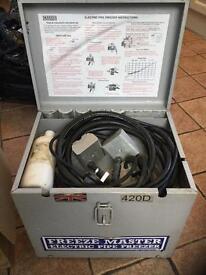 FREEZEMASTER, 420D, 240v Electric Pipe Freezer Machine