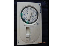 Central heating on --off timer. British Gas EMT 2 made by Invensis