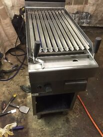 COMMERCIAL CHARCOAL GRILL NATURAL GAS SINGLE BURNER FREE STANDING