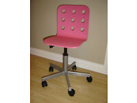 CHILDRENS IKEA JULES ADJUSTABLE SWIVEL ROLLER DESK CHAIR IN PINK AND SILVER