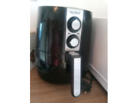 VonShef Air Fryer in good used condition - Ideal for chips and all fried products - Quick and Easy