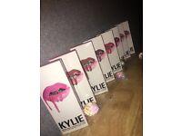 KyIie Jenner Matt Lipstick Kit