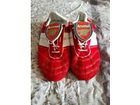 Men's Size 9 Arsenal Slippers