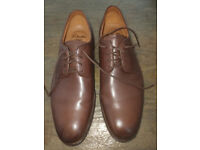 MENS CLARKS SIZE 10 EX COND