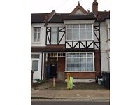 One Double Bedroom Flat Hounslow *Some Bills Included