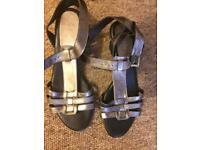 Sandals size 5 leather