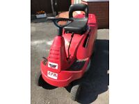Honda 1211 sit on petrol mower
