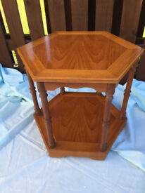 Retro/vintage hexagonal lamp/side table