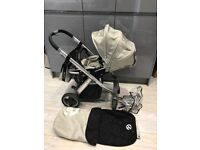 Oyster pram with footmuff changing bag and rain cover