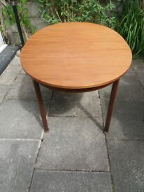Mcintosh Dining Table & Chairs