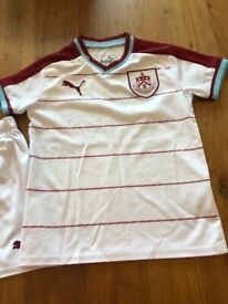 Burnley Away-mini kit