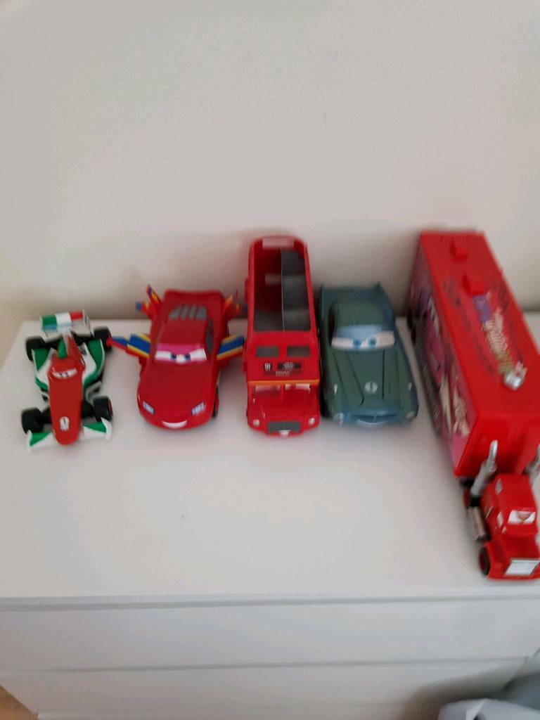 Lightning McQueen And Friends Cars