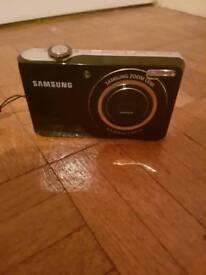 Samsung Camera with Selfie Mode
