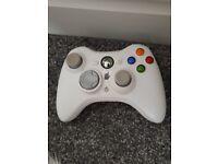 Xbox 360 white + 5 games