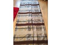 90 x 90 eyelet curtains (2 pairs)