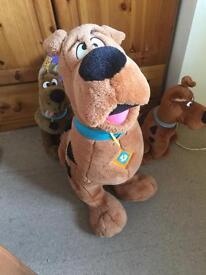 3 x Scooby doo cuddly toys