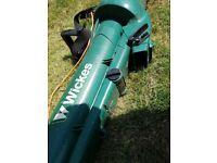 Wickes 200w garden vacuum / blower and vacuum & mulcher