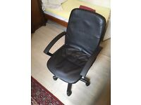 Comfy Office Chair in Great Condition